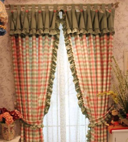 我曾迷恋的格子窗帘
