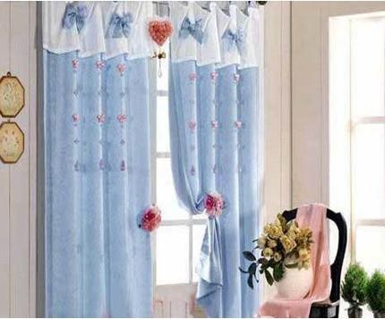 纯色客厅蓝色窗帘效果图