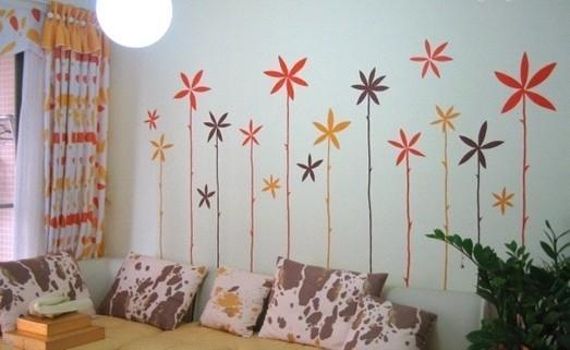 手绘墙为客厅添姿加彩
