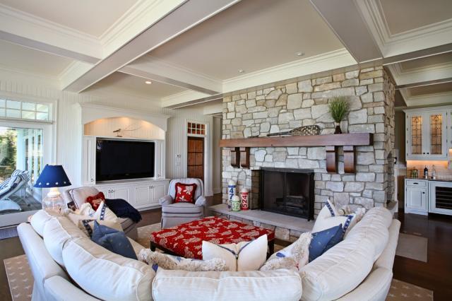 装修 高端/沙发的摆放位置是业主一定要注意的风水问题,一般说来,沙发所...